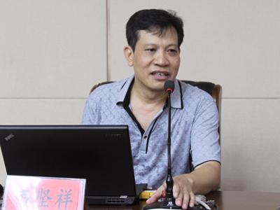 韦坚祥:加快县域发展用好用活用足政策的基本思考