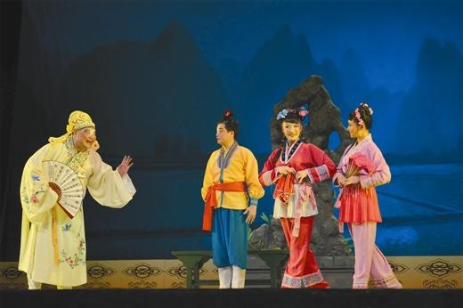第四届广西彩调艺术节暨第九届桂林永福养生旅游福寿节侧记