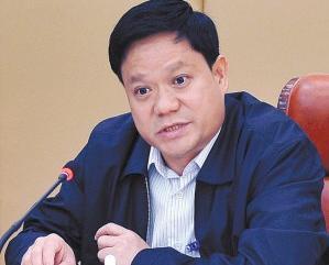 """广西梧州市长洲区委书记黎云:""""他真是咱们群众的贴心人!"""""""