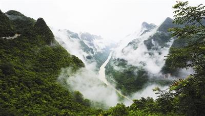 天峨龙滩大峡谷