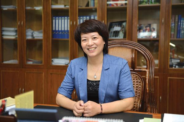 浙江省开化县委书记鲍秀英:拼出来的事业干出来的口碑