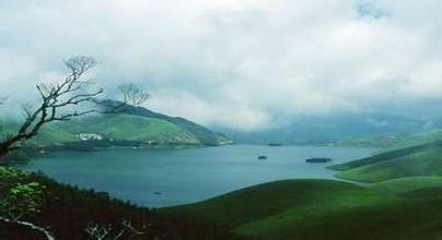 隆林县天湖(万峰湖)