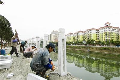 都安: 江滨西南路建设即将完工