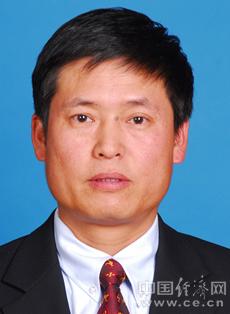 杜伟任南宁市委副书记 李泽任广西体育局局长