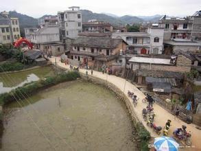 苍梧县岭脚镇