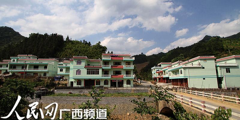 凤山县中亭乡