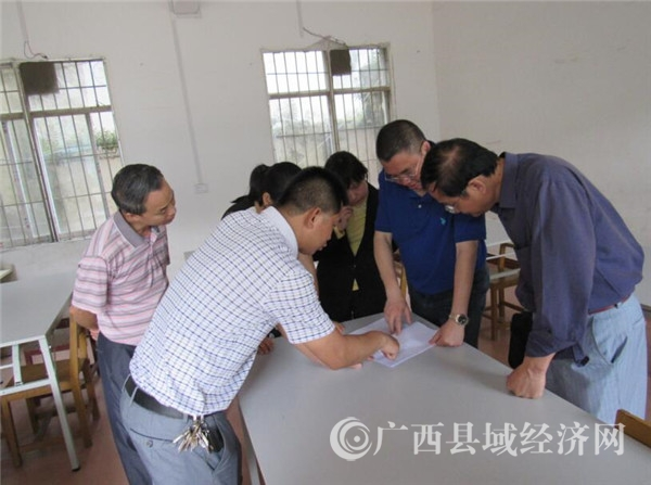 梧州市委宣传部副部长刘红明调研乡村学校少年宫建设工作