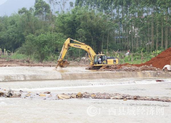蒙山县加紧建设防洪工程