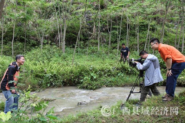 央视《地理中国》栏目组走进大化取景拍摄