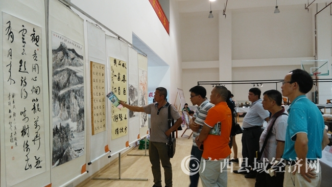 大化奇石书画摄影作品展精彩纷呈