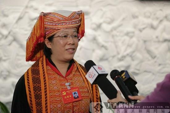 合山市委书记莫莲: 聚焦工业转型 打赢扶贫攻坚战