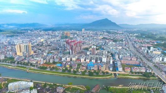 钟山县委书记唐先程:绿色引领发展 科学推动创新