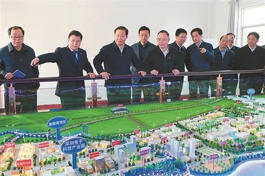 彭清华深入防城港东兴市调研