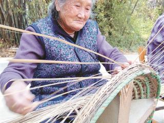 平乐:百年雨帽村 浓浓竹编情