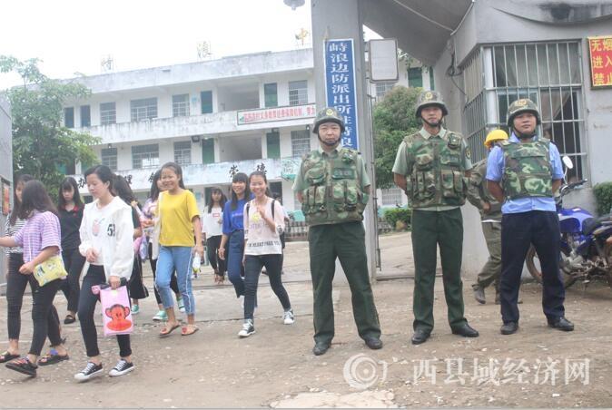 宁明边防武警强化校园安全打造师生满意环境