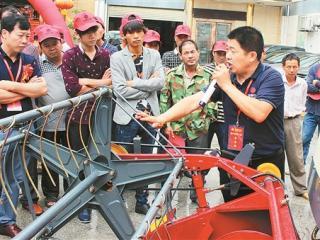 田阳:开展农机新机具新技术推广培训会