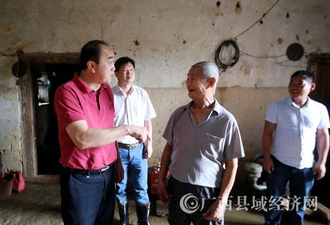 融安县:把群众的安危放在第一位