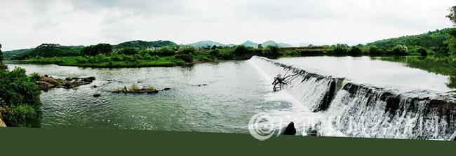 霞山河风光