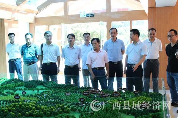 钦南区考察组到浦北县交流学习脱贫攻坚工作经验
