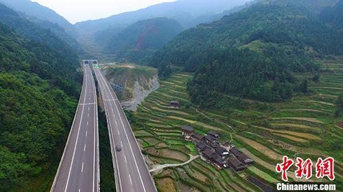 广西引进超百亿元PPP项目 加速完善壮乡高速网络体系