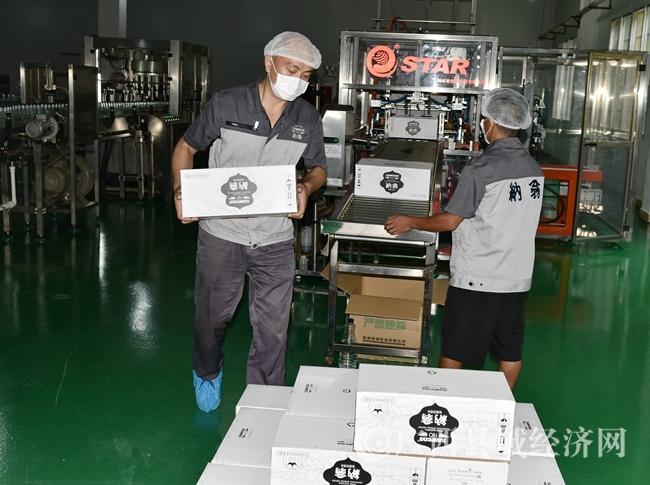 罗城组织饮用水企业税收收入370万元