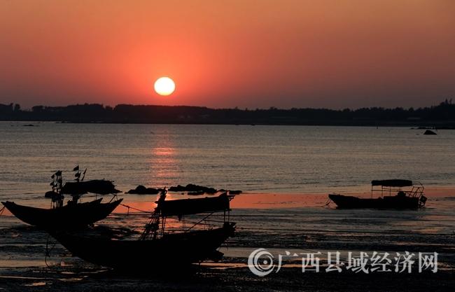 钦州三娘湾:冬日美景如画卷