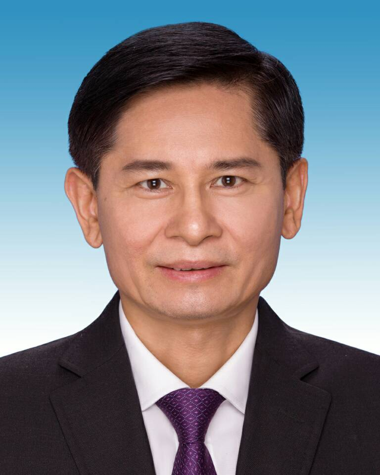 快讯:新一届自治区政协领导机构产生 蓝天立当选自治区政协主席