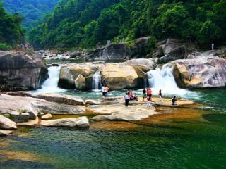融水龙宝大峡谷景区