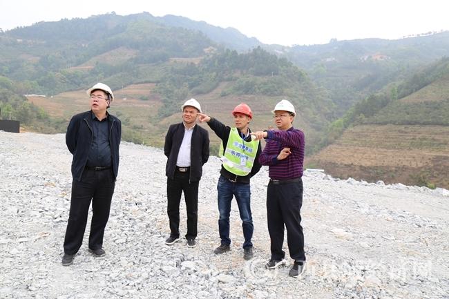[凌云县]抢抓时间 稳步推进乐百高速公路建设
