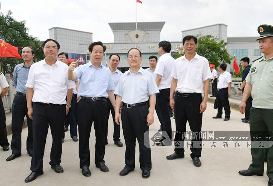鹿心社在崇左调研:建设南疆繁荣稳定和谐安宁示范区