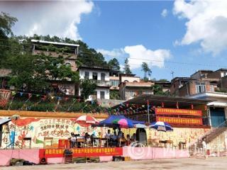 宁明县:2018年恭敬歌坡节 数千群众共享节日盛宴