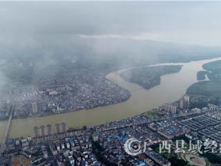 珠江上游融江广西柳州融安县段连降暴雨
