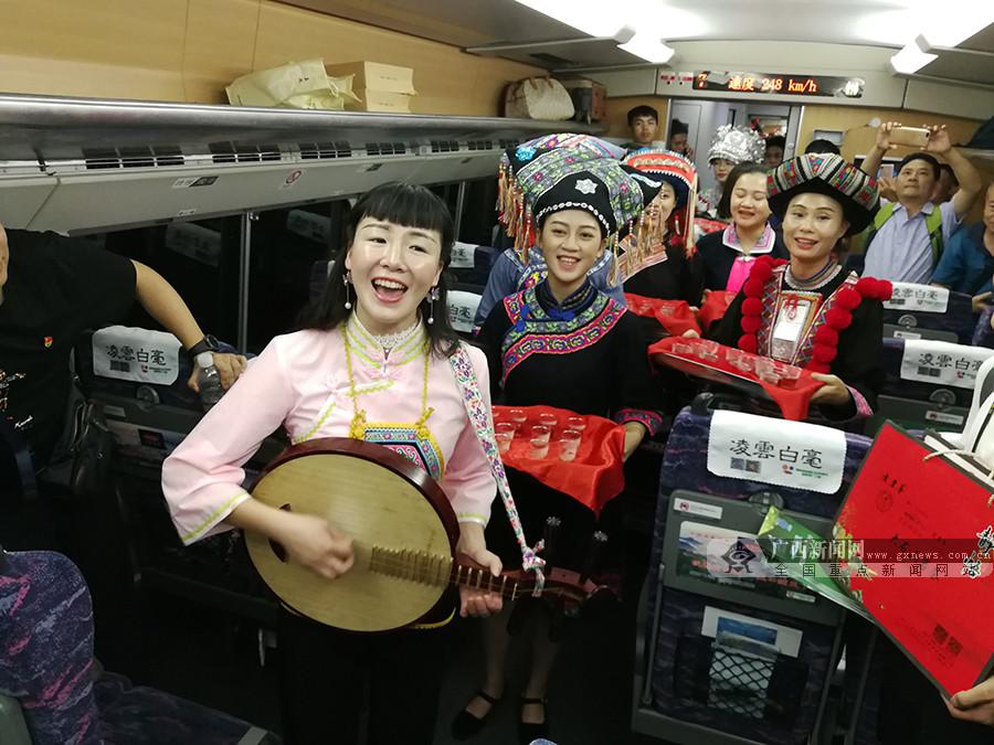 广西12个设区市已通高铁 高铁旅游助力乡村振兴