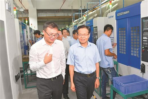 陈武深入北海调研并召开沿海三市经济形势分析座谈会