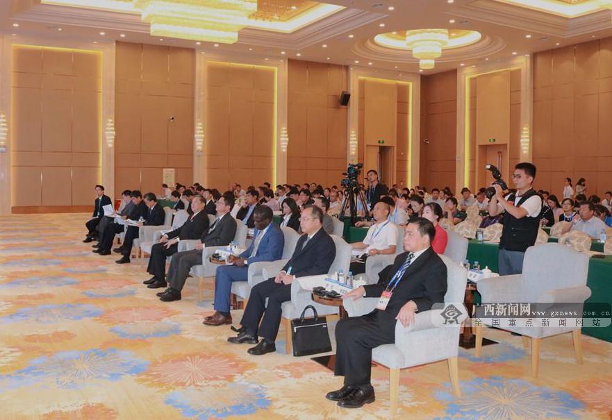 中国-东盟跨境电商论坛召开 共建