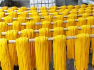 宁明县:玉米粉在不断地受青睐