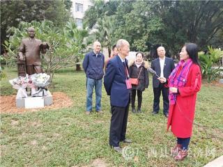 宁明县一个家庭父子校长   祖孙三代物理学家