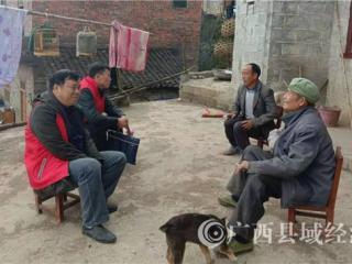 凌云县吴小剑:从军官到村官,他在凌云贫困村吹响了冲锋号