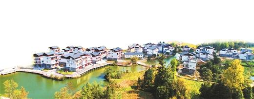 """我区1.8万多个村庄开展""""三清三拆""""改善人居环境"""