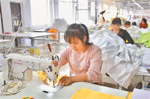 """灌阳县:""""红色引擎""""为经济社会发展注入强大动力"""