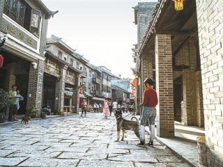 宜州区:踏着山歌去宜州