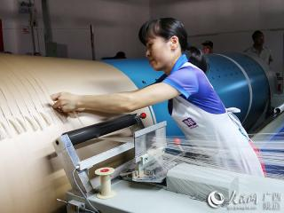 横县:桑蚕产业走出一条扶贫致富路