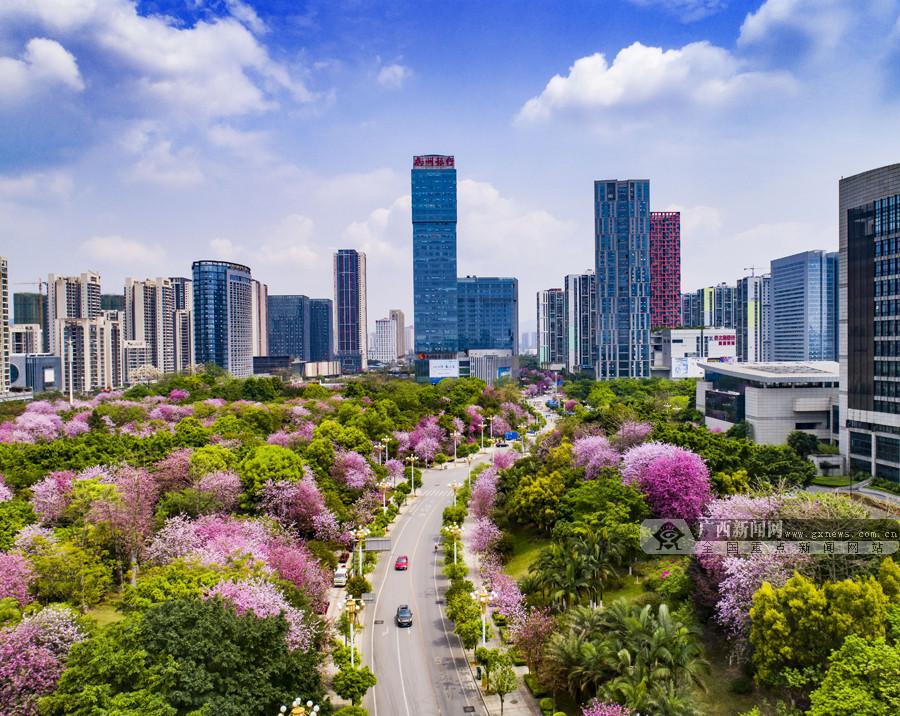柳州:一座朝气蓬勃、宜居宜业的现代化都市