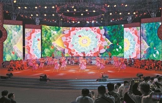 南宁:绿城九月竞欢歌 文旅大戏迎客来
