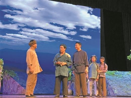 原创话剧《父亲的革命生涯》演绎小人物大情怀