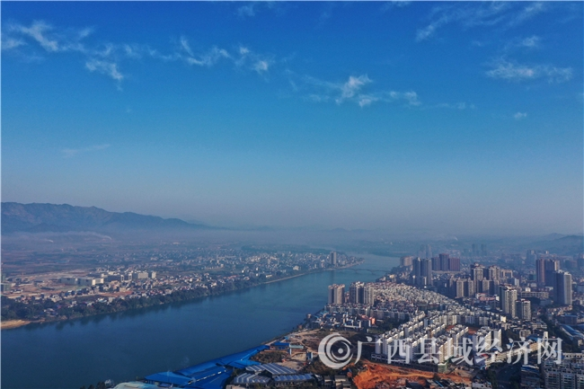 融安县:冬日融江如画卷