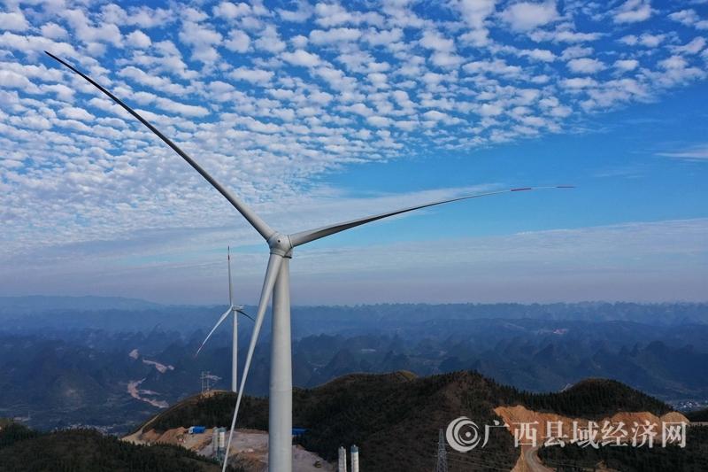 柳州首台风机向南方电网输送电力