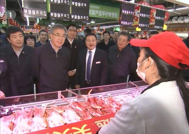 胡春华在南宁调研时强调:确保春节期间猪肉市场供应稳定
