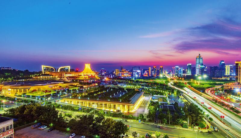 广西出台政策支持南宁打造地标性夜生活集聚区