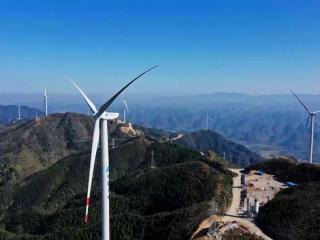 融安县:白云岭风电建设助发展